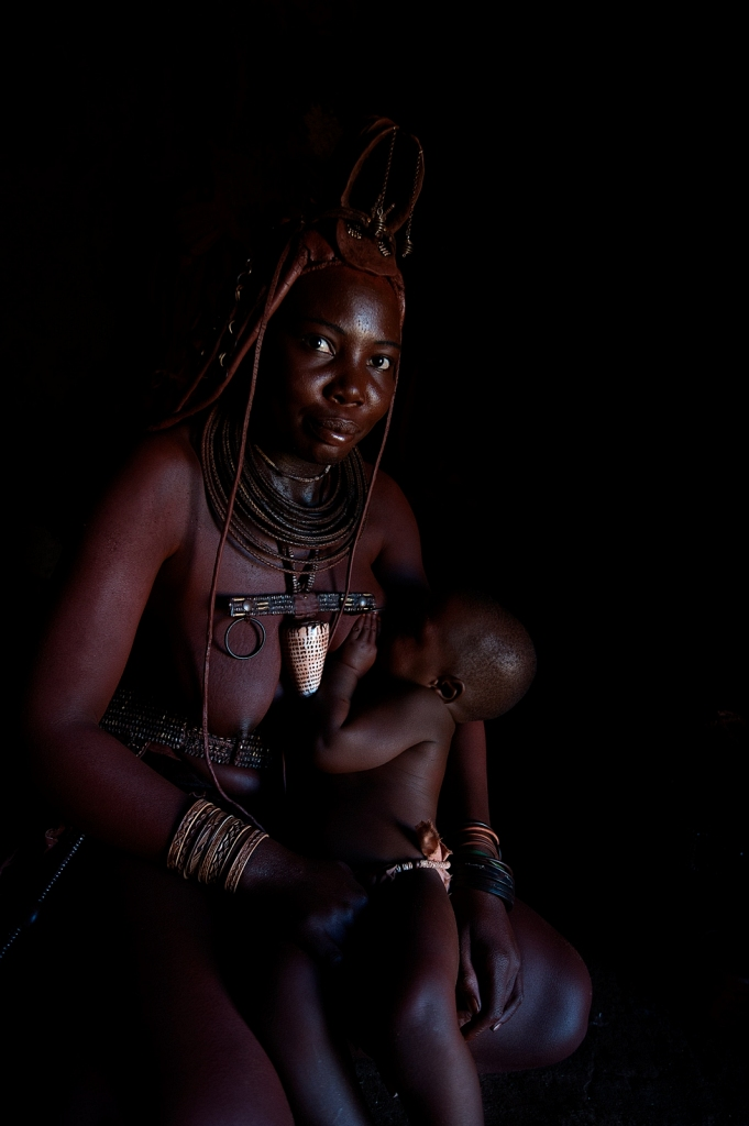 Himba-Womon-Child.jpg