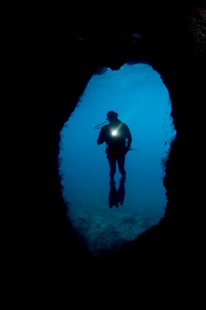 Reef-explorer-Raja-Ampat.jpg