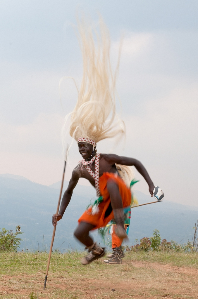 Rwanda-Village-Dance-2.jpg